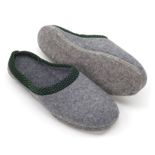 Felt slippers felt sole