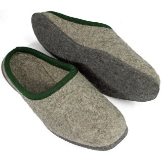 Wool felt slippers of 100% wool